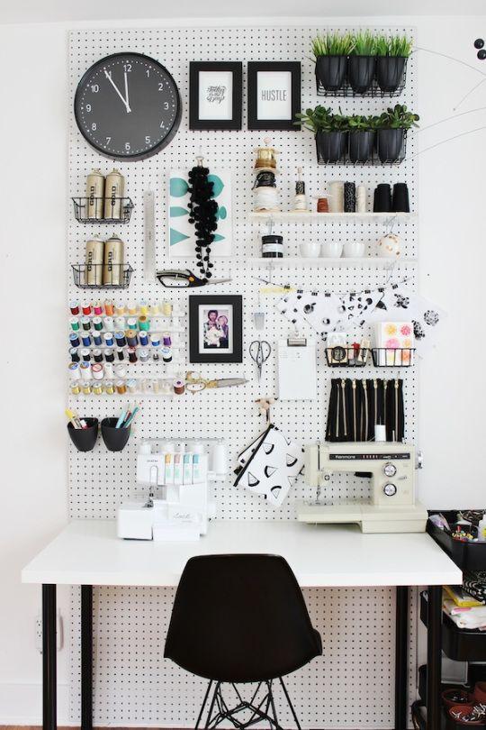 Tableros De Escritorio Ikea.Decora Y Organiza Con Paneles Perforados De Ikea Skadis
